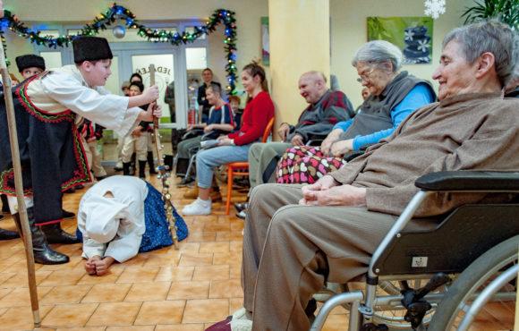 Vianoce v domove dôchodcov
